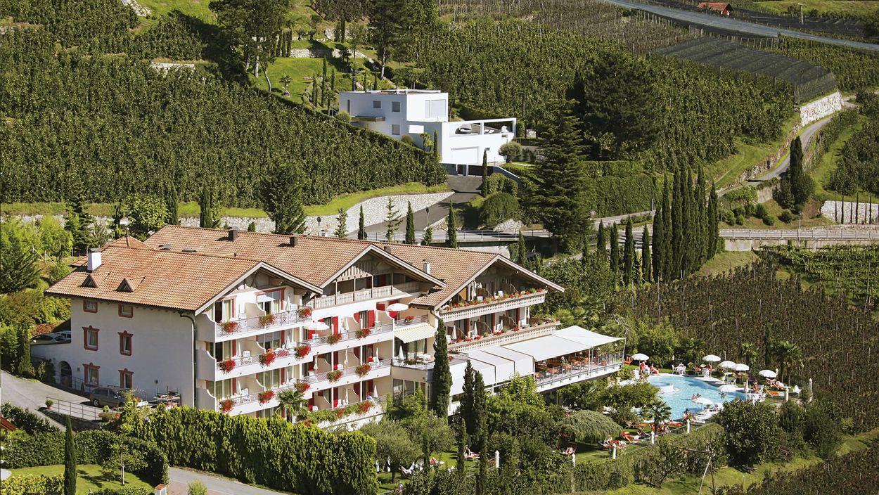 Ihr Traum Hotel In Schenna Hotel Lagrein Schenna